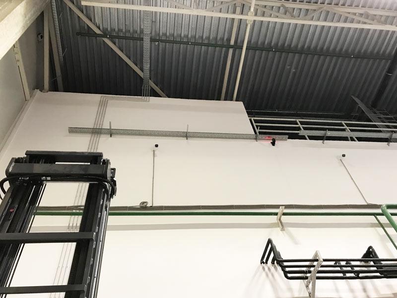 электромонтажные работы на складе